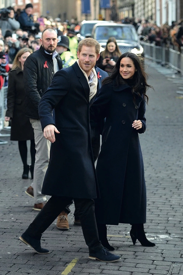 GENTE-HARRY-Y-MEGHAN-001-181217